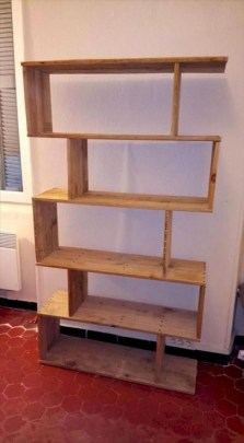 Adorable Crafty Diy Wooden Pallet Project Ideas 32