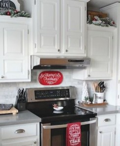 Awesome Christmas Kitchen Decor Ideas 03