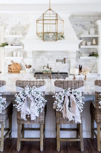 Awesome Christmas Kitchen Decor Ideas 52