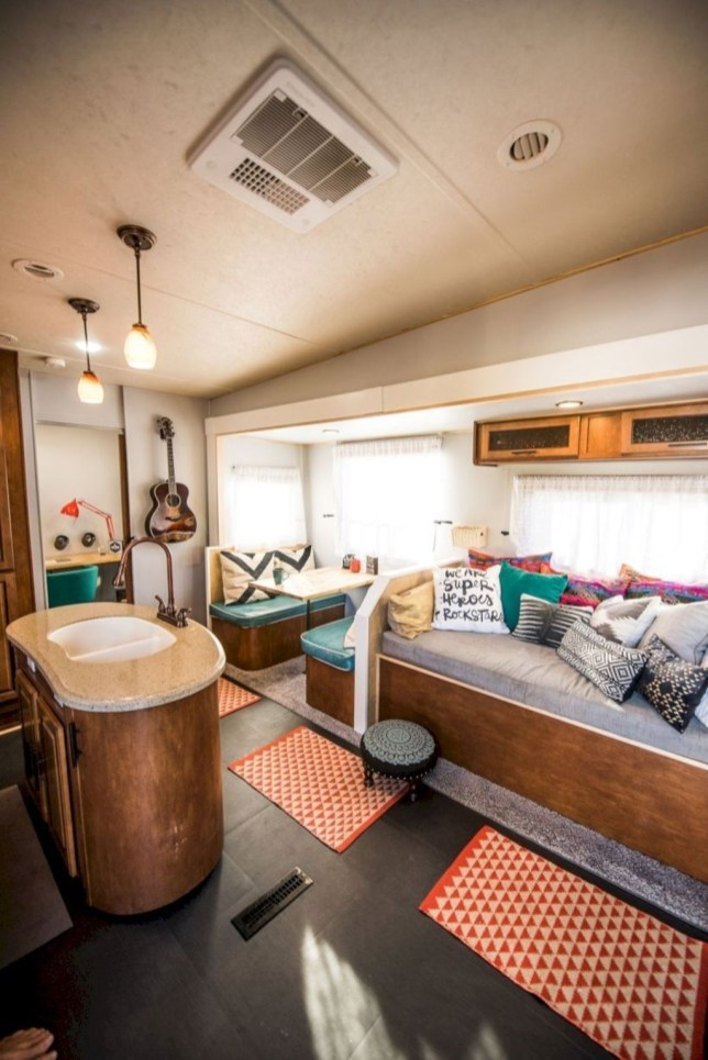 Beautiful Rv Remodel Camper Interior Ideas For Holiday 24