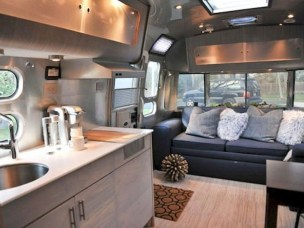 Beautiful Rv Remodel Camper Interior Ideas For Holiday 38