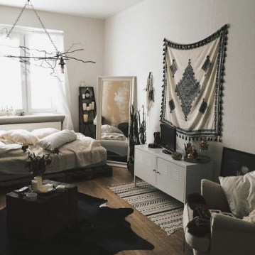 Creative Bohemian Bedroom Decor Ideas 24