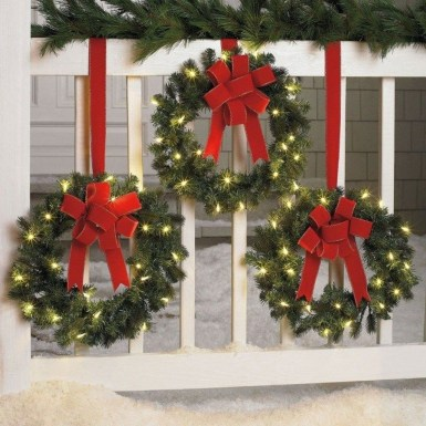 Cute Outdoor Christmas Decor Ideas 27
