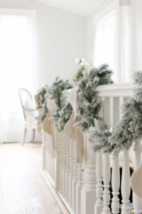 Fascinating Farmhouse Christmas Decor Ideas 11