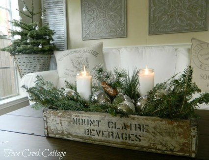 Fascinating Farmhouse Christmas Decor Ideas 41