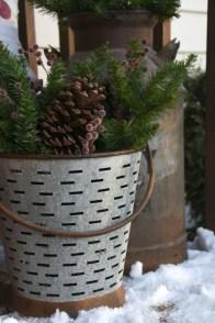 Perfect Christmas Front Porch Decor Ideas 52