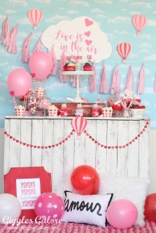 Awesome Classroom Party Decor Ideas For Valentines Day 29