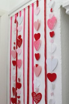 Awesome Classroom Party Decor Ideas For Valentines Day 38