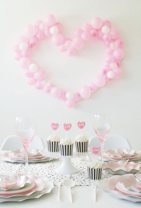 Awesome Classroom Party Decor Ideas For Valentines Day 40