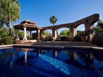 Perfect Mediteranean Swimming Pool Design Ideas 34