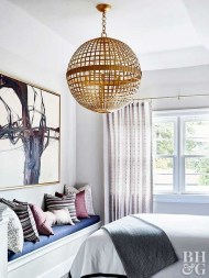 Pretty Chandelier Lamp Design Ideas For Your Bedroom 30