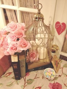 Stunning Red Home Decor Ideas For Valentines Day 27