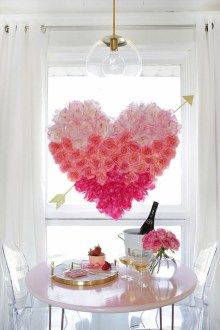 Stunning Red Home Decor Ideas For Valentines Day 45