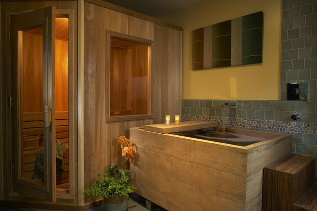 Comfy Traditional Bathroom Design Ideas With Japanese Style 38