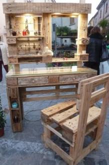 Elegant Diy Pallet Furniture Design Ideas 23
