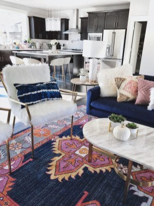 Fascinating Colorful Rug Designs Ideas For Living Room 35
