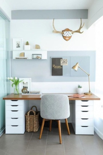 Gorgeous Industrial Table Design Ideas For Home Office 14