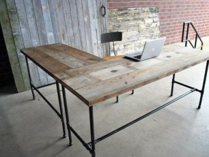 Gorgeous Industrial Table Design Ideas For Home Office 16