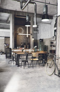 Magnificient Industrial Office Design Ideas 35