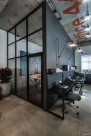 Magnificient Industrial Office Design Ideas 49