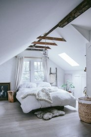 Relaxing Small Loft Bedroom Designs 05