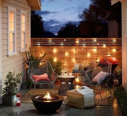 Stunning Small Patio Garden Decorating Ideas 19