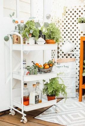 Wonderful Apartment Coffee Bar Cart Ideas 25
