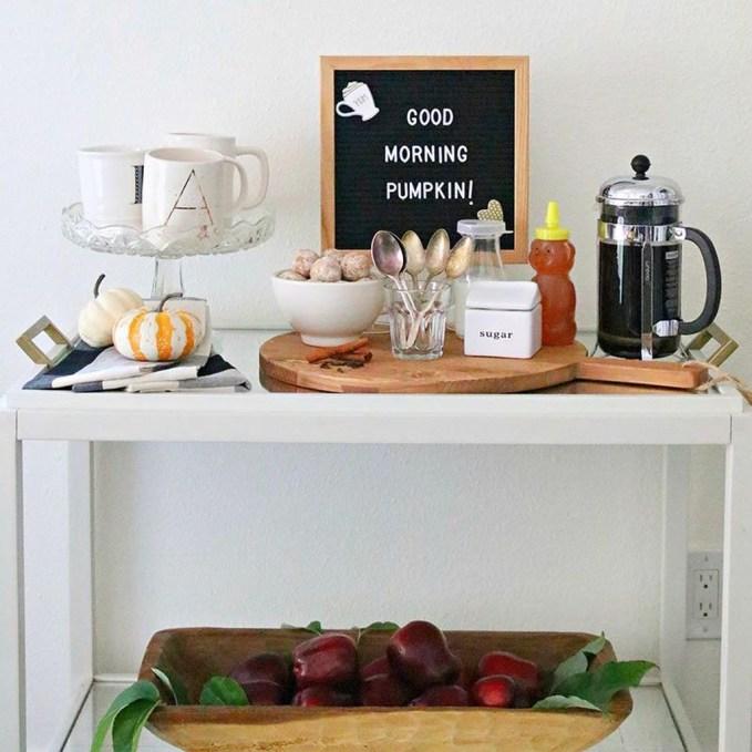 Wonderful Apartment Coffee Bar Cart Ideas 55