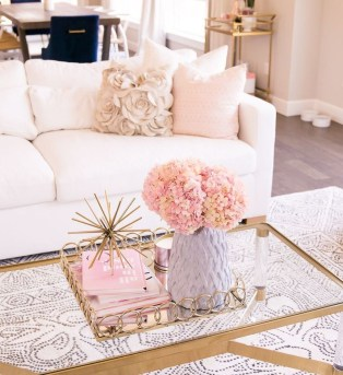Minimalist Living Room Design Ideas 36