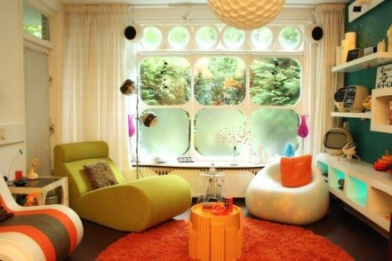 Modern Vibrant Rooms Reading Ideas 31