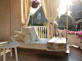 Comfy Porch Design Ideas For Backyard 14
