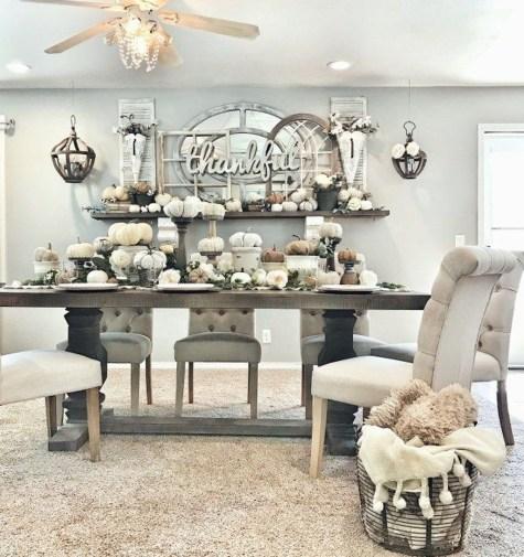 Cool Traditional Farmhouse Decor Ideas For House 21