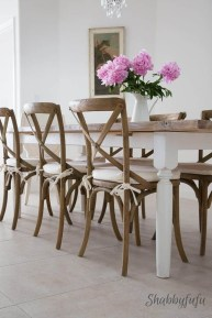 Cute Farmhouse Table Design Ideas Which Is Not Outdated 21