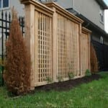 Cute Garden Fences Walls Ideas 07