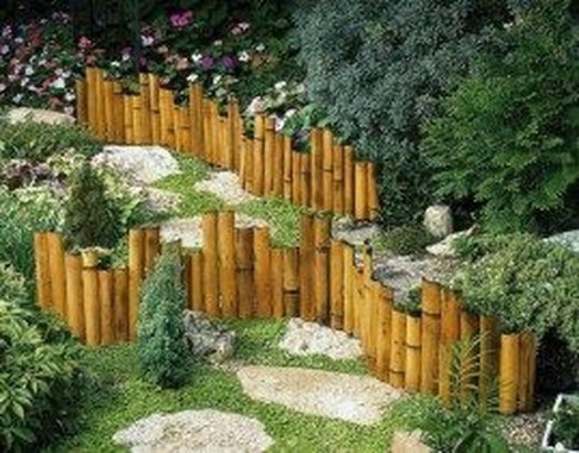 Cute Garden Fences Walls Ideas 12