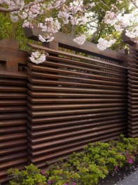 Cute Garden Fences Walls Ideas 39