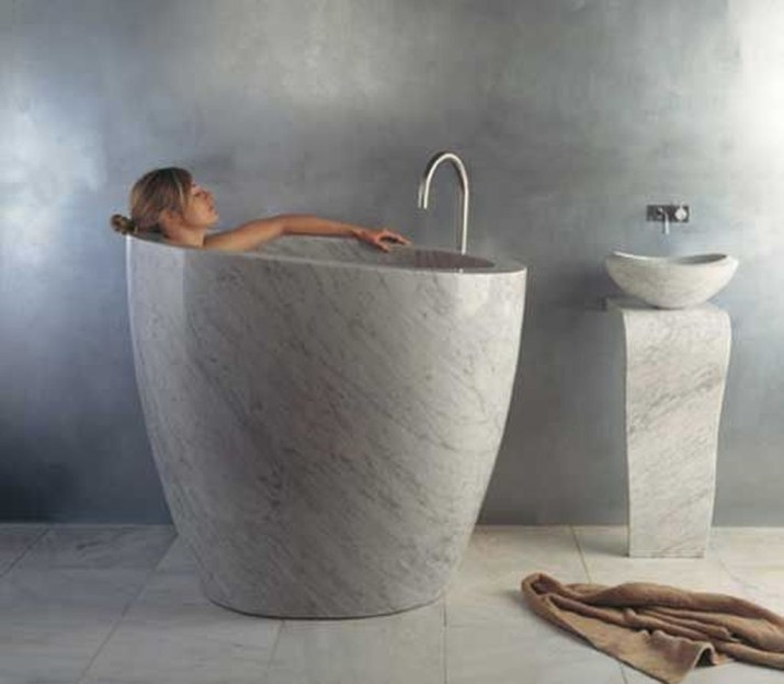 Elegant Bathtub Design Ideas 47