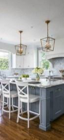 Fabulous White Farmhouse Design Ideas 14
