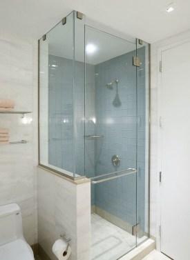 Awesome Bathroom Shower Ideas For Tiny House 08