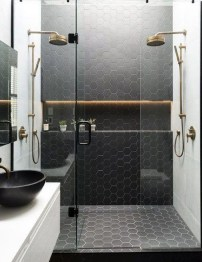 Awesome Bathroom Shower Ideas For Tiny House 21