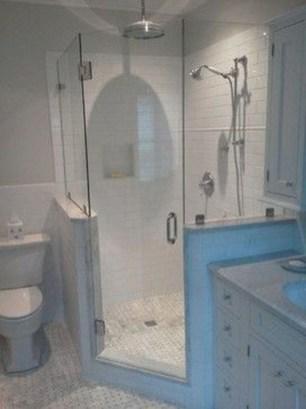 Awesome Bathroom Shower Ideas For Tiny House 43