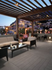 Stunning Roof Terrace Decorating Ideas That You Should Try 07
