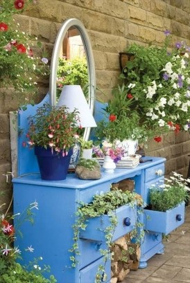 Unique Old Furniture Repurposing Ideas For Yard And Garden 32