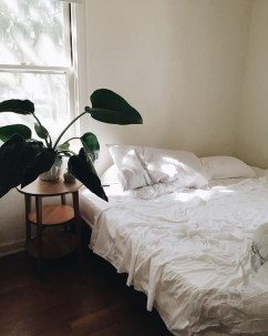 Affordable Arranging Things Ideas In Home For Perfect Order 30
