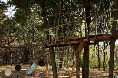 Captivating Treehouse Ideas For Children Playground 11