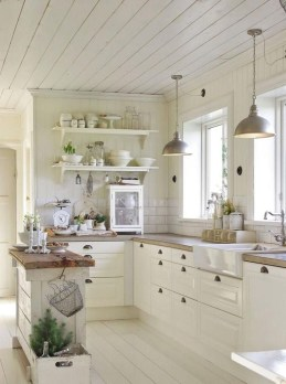 Enchanting Farmhouse Kitchen Decor Ideas To Try Nowaday 45