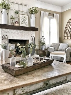 Fancy Farmhouse Living Room Decor Ideas To Try 17