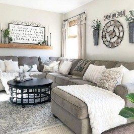 Fancy Farmhouse Living Room Decor Ideas To Try 20