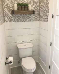 Splendid Small Bathroom Remodel Ideas For You 37