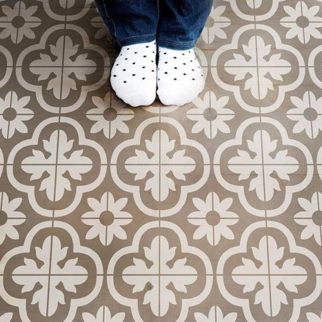 Unusual Diy Painted Tile Floor Ideas With Stencils That Anyone Can Do 06